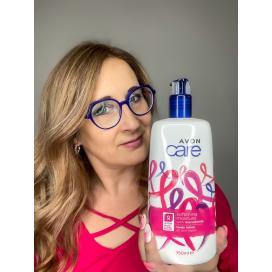 Avon Zjemňující hydratační tělové mléko s makadamovým olejem